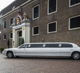 Lincoln Executive Superstretched limo